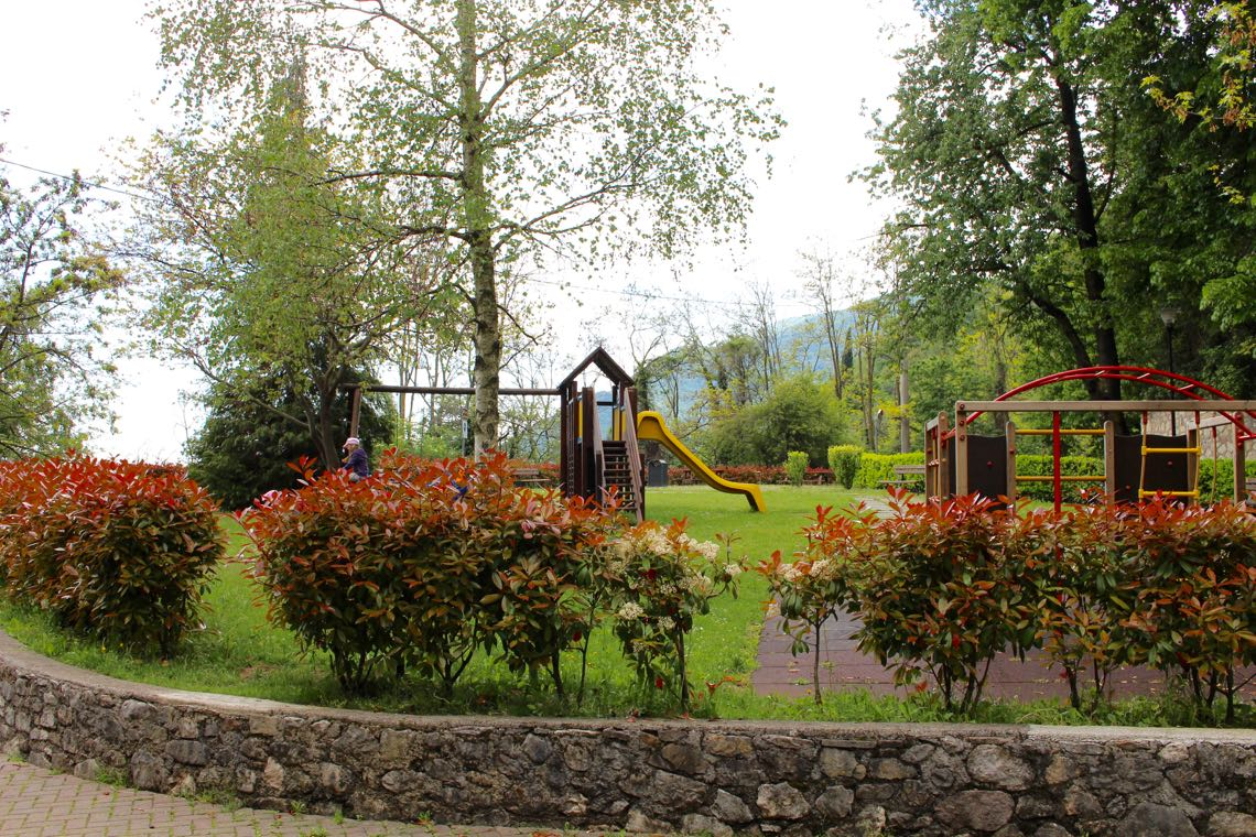 Spielplatz zwischen Gardola und Aer